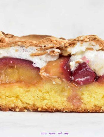 Ciasto ze śliwkami, żurawiną i bezą ciasto Luizy louise cake with plums cranberries and meringue