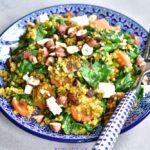 kaszotto z marchewką, szpinakiem, rodzynkami i fetą pearl barley with carrot, spinach, raisins and feta cheese