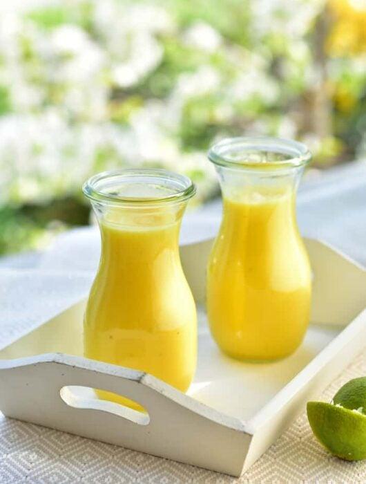 smoothie ananas-banan-limonka pineapple banana and lime smoothie