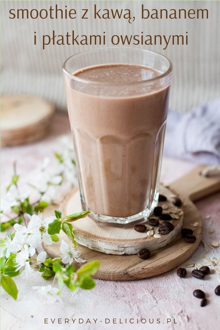 smoothie z kawą, bananem i płatkami owsianymi
