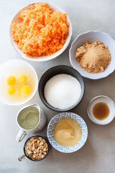 wet ingredients for carrot cake