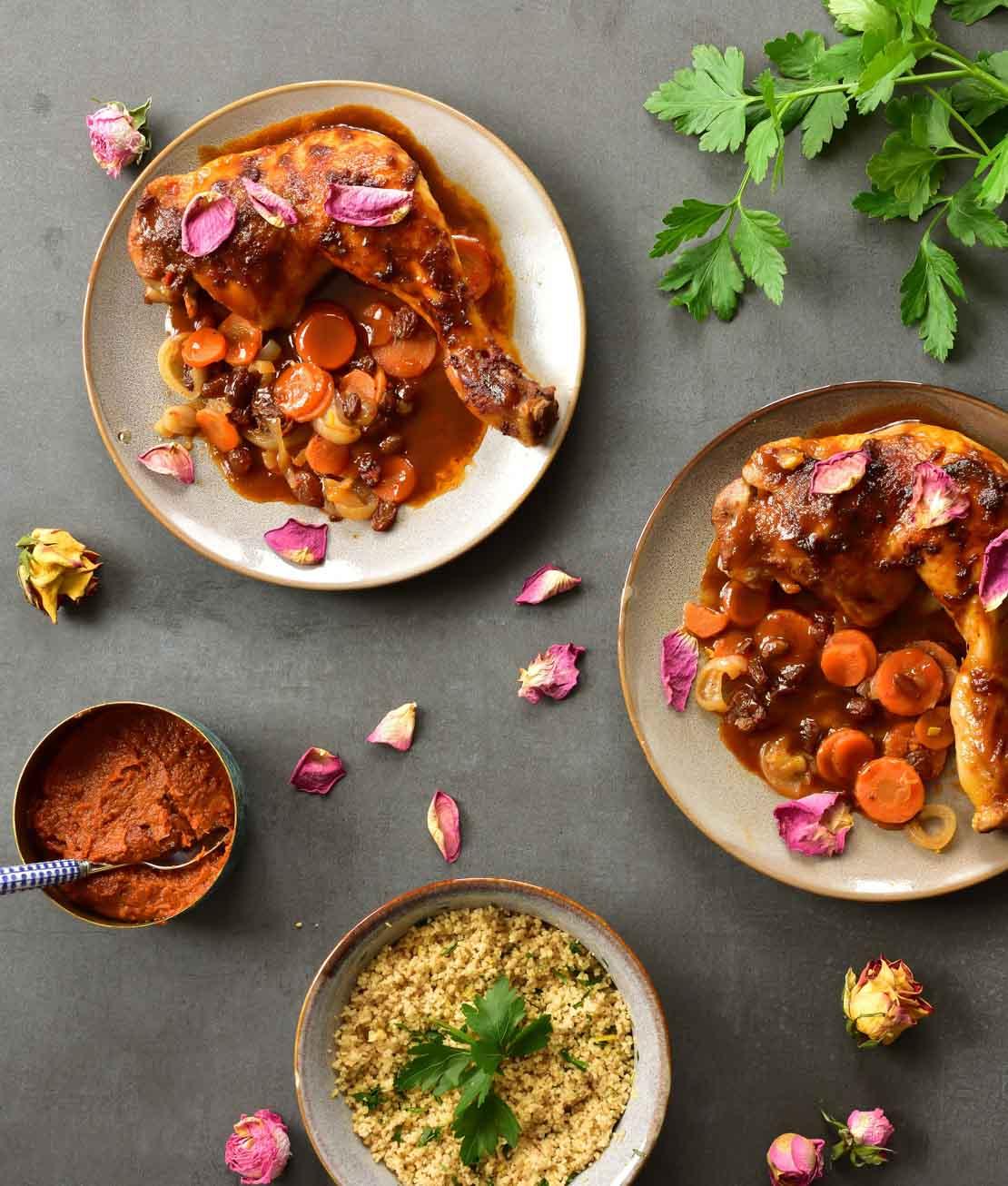 Udka z kurczaka z harissą, sosem z wodą różaną i cytrynowym kuskusem